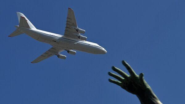 El avión ruso An-124-100 Ruslán - Sputnik Mundo