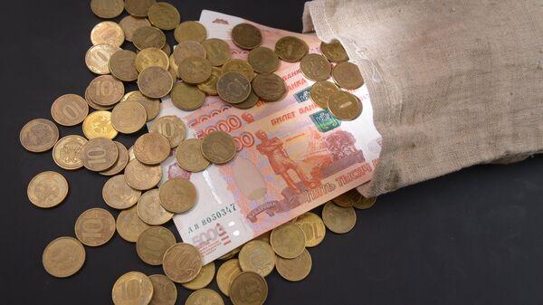 Monedas y billetes del rublo ruso - Sputnik Mundo