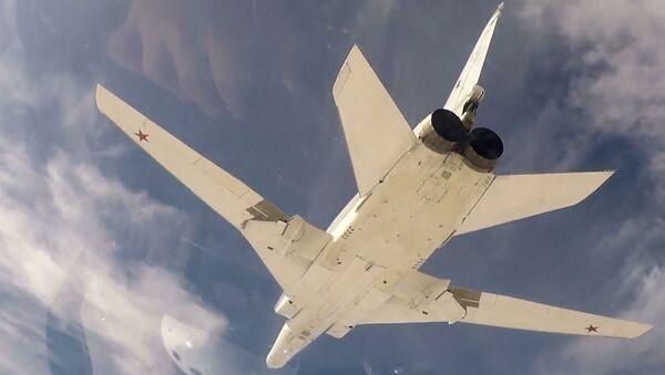 El bombardero ruso Tu-22M3 - Sputnik Mundo