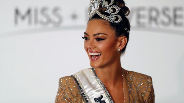 Demi-Leigh Nel-Peters, ganadora del concurso de belleza Miss Universo 2017 - Sputnik Mundo