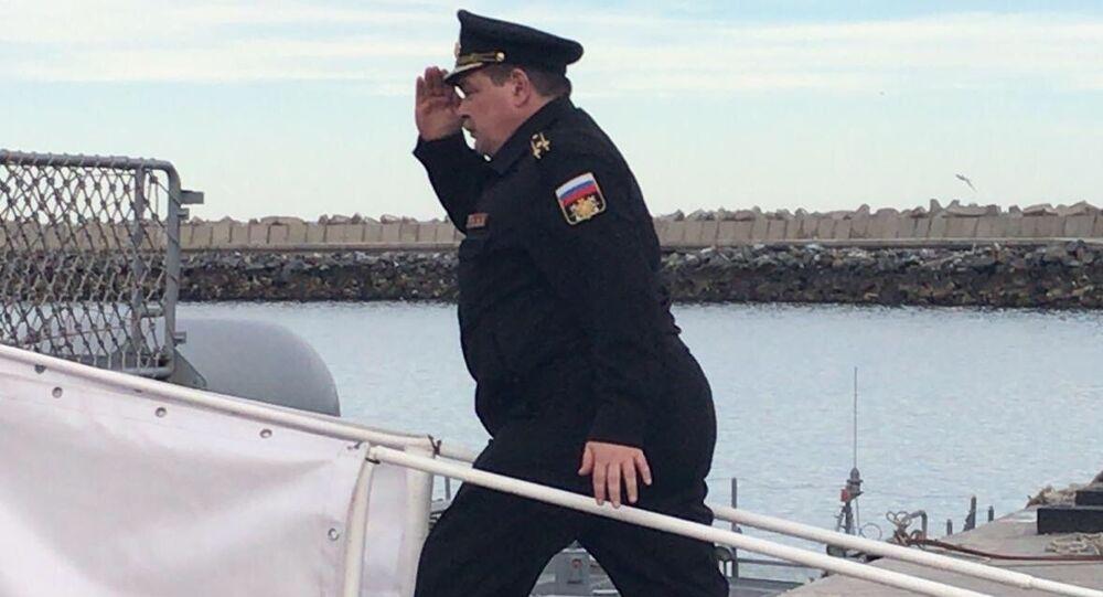 El jefe del grupo de los rescatistas militares rusos, capitán Serguéi Bashmakóv