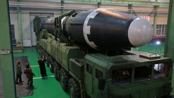 El Hwasong-15 - Sputnik Mundo