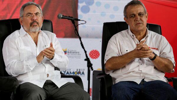 Exministros de Petróleo, Nelson Martínez y Eulogio Del Pino - Sputnik Mundo
