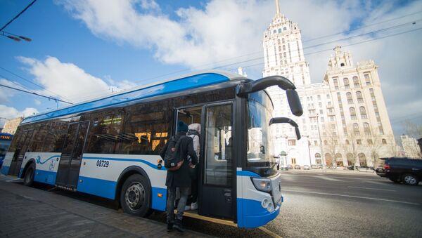 Un electrobús ruso (imagen ilustrativa) - Sputnik Mundo