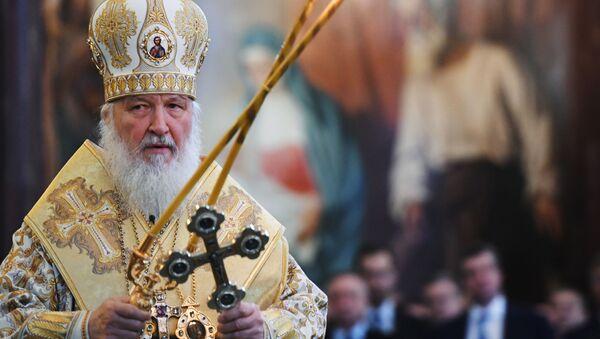 Патриарх Московский и всея Руси Кирилл проводит литургию в храме Христа Спасителя в свой день рождения - Sputnik Mundo