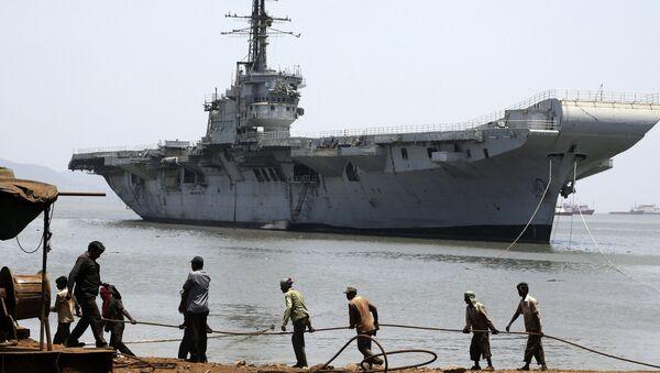 Portaviones Vikrant de la Armada India - Sputnik Mundo
