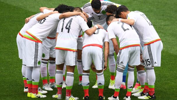 La selección mexicana durante la Copa Confederaciones 2017 - Sputnik Mundo