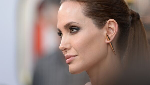 Angelina Jolie, actriz estadounidense - Sputnik Mundo