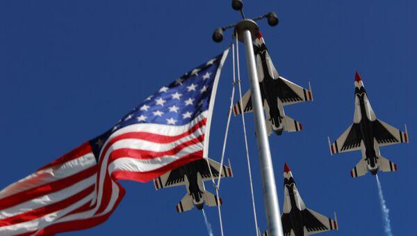 US Air Force Thunderbird Aerial Demonstration Team, F-16 Fighting Falcons - Sputnik Mundo