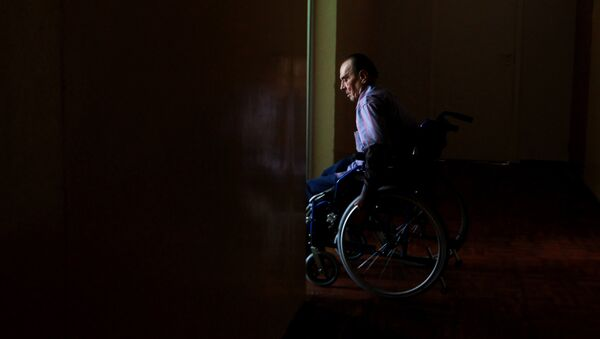 Una silla de ruedas - Sputnik Mundo