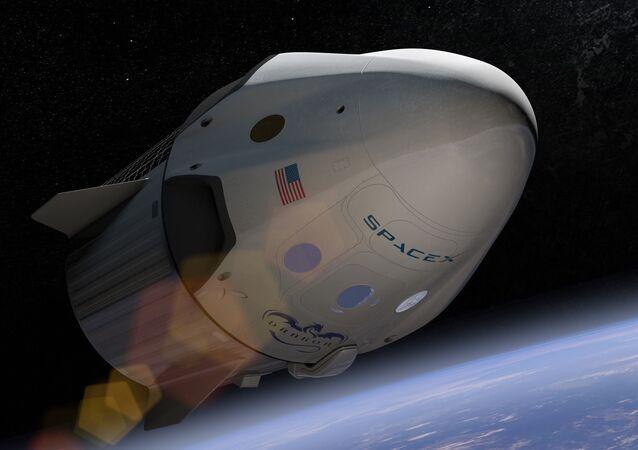 El carguero espacial Dragon