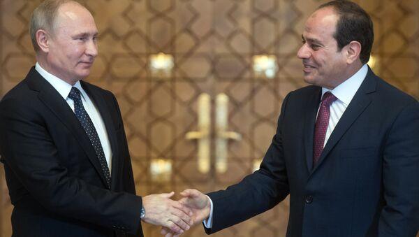 Vladímir Putin, presidente de Rusia, y Abdelfatah Sisi, presidente de Egipto - Sputnik Mundo