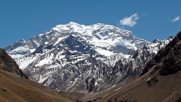 Cerro Aconcagua, en Mendoza, Argentina. - Sputnik Mundo