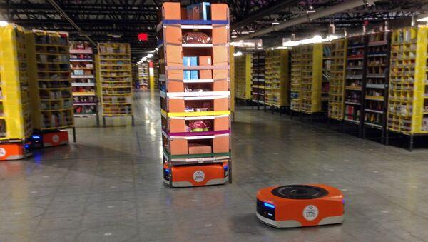 Centro de distribución de Amazon (archivo) - Sputnik Mundo