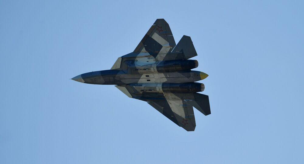 Su-57, caza polivalente de quinta generación (archivo)