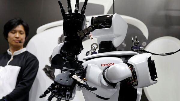 El robot humanoide de Toyota - Sputnik Mundo