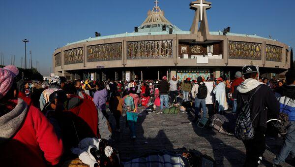 Basílica de Guadalupe en Ciudad de México - Sputnik Mundo