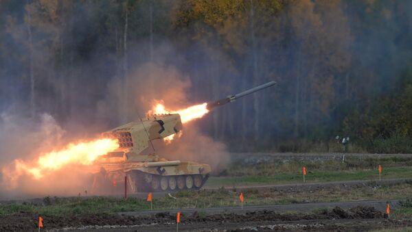 Lanzacohetes incendiario TOS-1A  - Sputnik Mundo