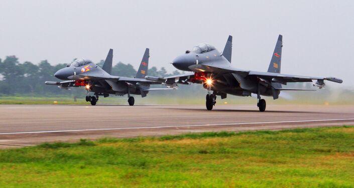 Los cazas chinos Su-30