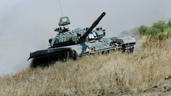 El tanque T-72 (archivo) - Sputnik Mundo