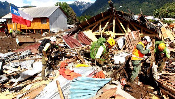 Consecuencias del aluvión en Villa Santa Lucia, Chile - Sputnik Mundo