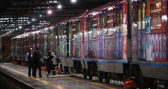 El tren 'Viaje a la Navidad' en el metro de Moscú