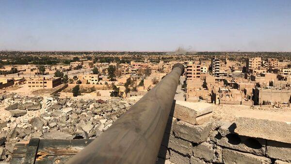 Un cañón en Siria (archivo) - Sputnik Mundo