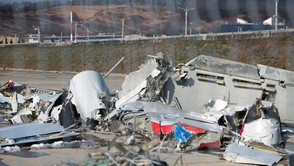 Restos del avión ruso Tu-154 siniestrado en Sochi en 2016 - Sputnik Mundo