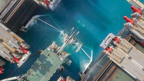 La construcción del tramo marítimo del gasoducto Turk Stream - Sputnik Mundo