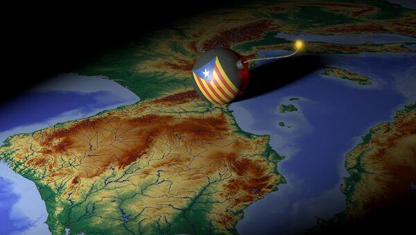 El mapa de España y una bomba - Sputnik Mundo