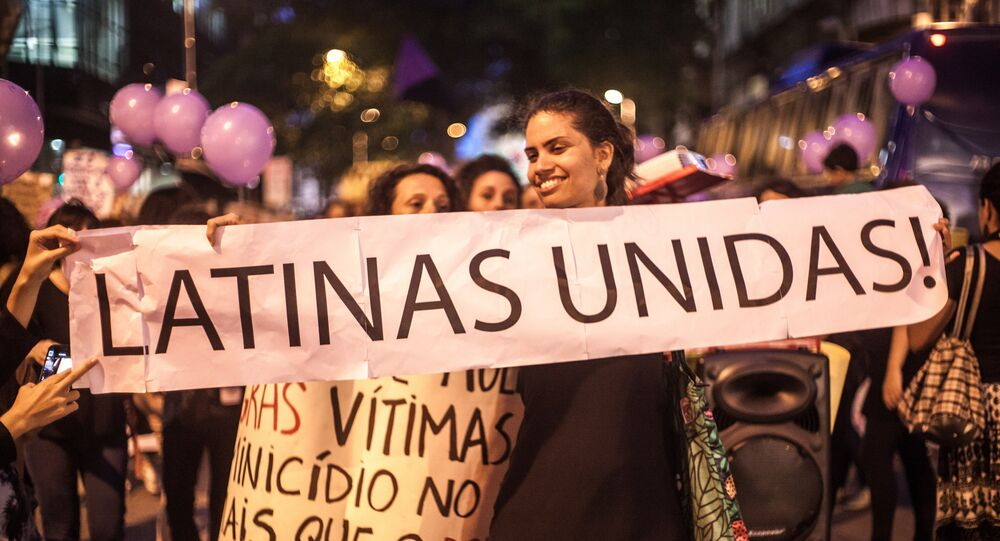 Manifestación del movimiento Ni Una Menos en Río de Janeiro, Brasil