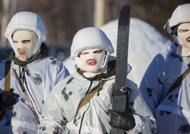 Soldados rusos en camuflaje invernal (imagen referencial)