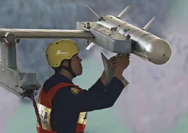 Un misil AIM 120
