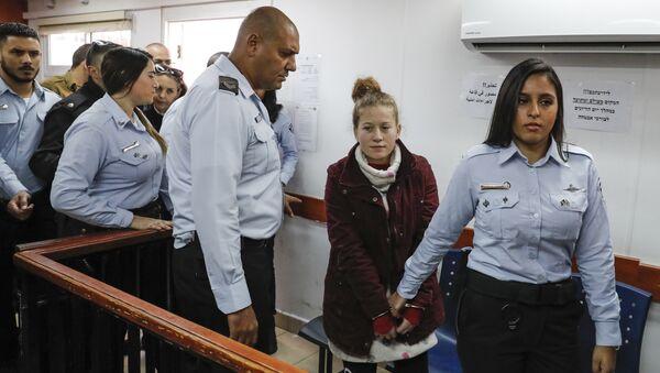 La joven palestina Ahed Tamimi - Sputnik Mundo