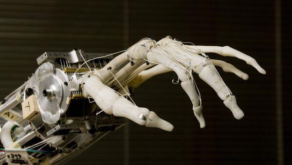 Una mano robótica - Sputnik Mundo