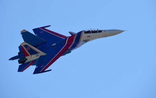 Los cazas Su-30SM son también las máquinas manejadas por el legendario grupo de acrobacias aéreas Russkie Vitiazi.  - Sputnik Mundo