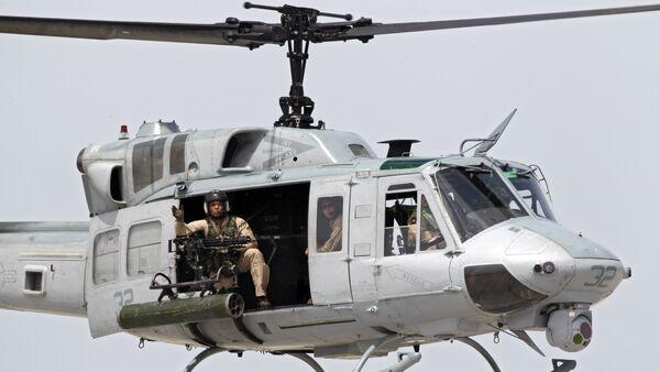 Un helicóptero estadounidense UH-1 - Sputnik Mundo