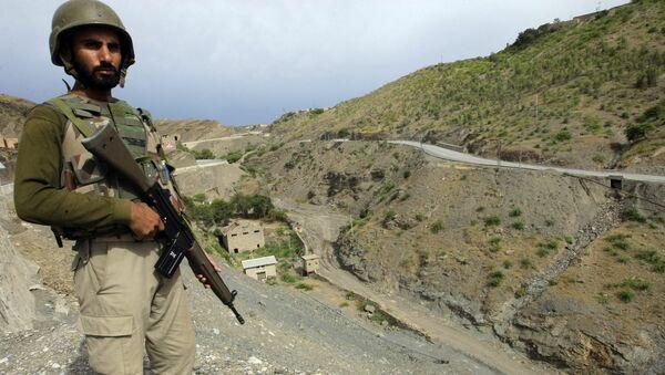 Soldado pakistaní (archivo) - Sputnik Mundo