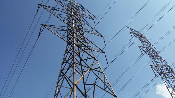 Líneas eléctricas (imagen referencial) - Sputnik Mundo