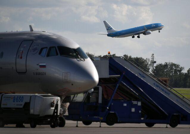 Aviones Airbus A320 (imagen referencial)
