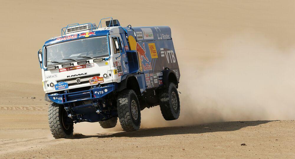 Camión del equipo ruso Kamaz durante el Rally Dakar
