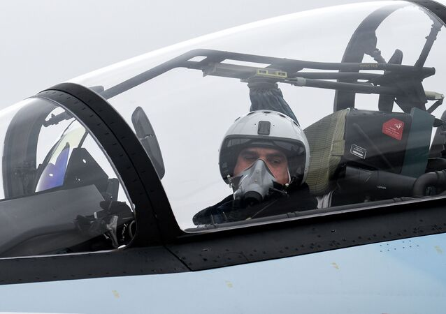 Un piloto de un caza (imagen referencial)
