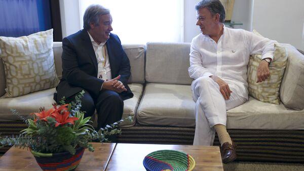 El secretario General de la ONU, António Guterres y el presidente de Colombia, Juan Manuel Santos - Sputnik Mundo