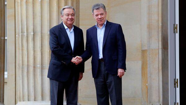 Secretario General de la Organización de Naciones Unidas, António Guterres, y presidente de Colombia, Juan Manuel Santos - Sputnik Mundo
