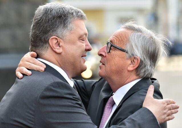 Presidente de Ucrania, Petró Poroshenko, y presidente de la Comisión Europea, Jean-Claude Juncker