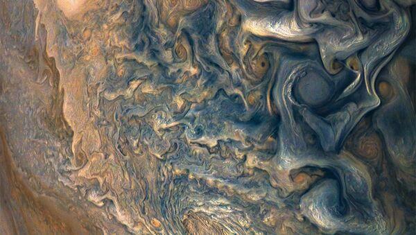 Imágen del planeta Júpiter captado por la sonda Juno - Sputnik Mundo