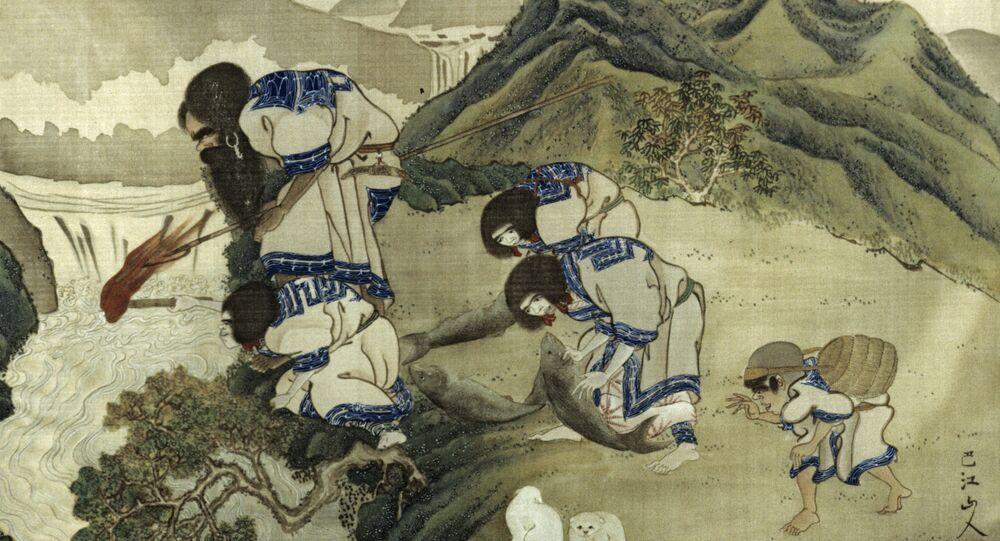 Una pintura antigua de un artista japonés desconocido que muestra la pesca de los ainu en la isla de Hokkaido. De la colección de la Kunstkámera de San Petersburgo. Reproducción