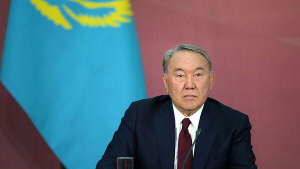 Nursultán Nazarbáev, presidente de Kazajistán (archivo) - Sputnik Mundo