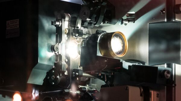 Proyector de cine (imagen referencial) - Sputnik Mundo