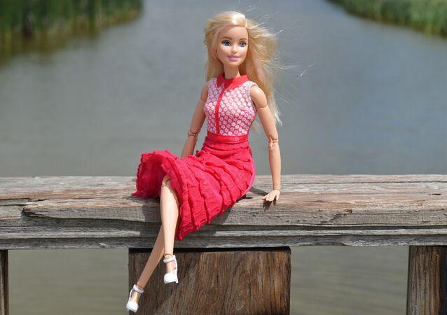Una muñeca Barbie